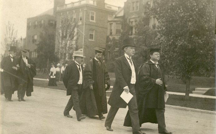 History | The University of Chicago